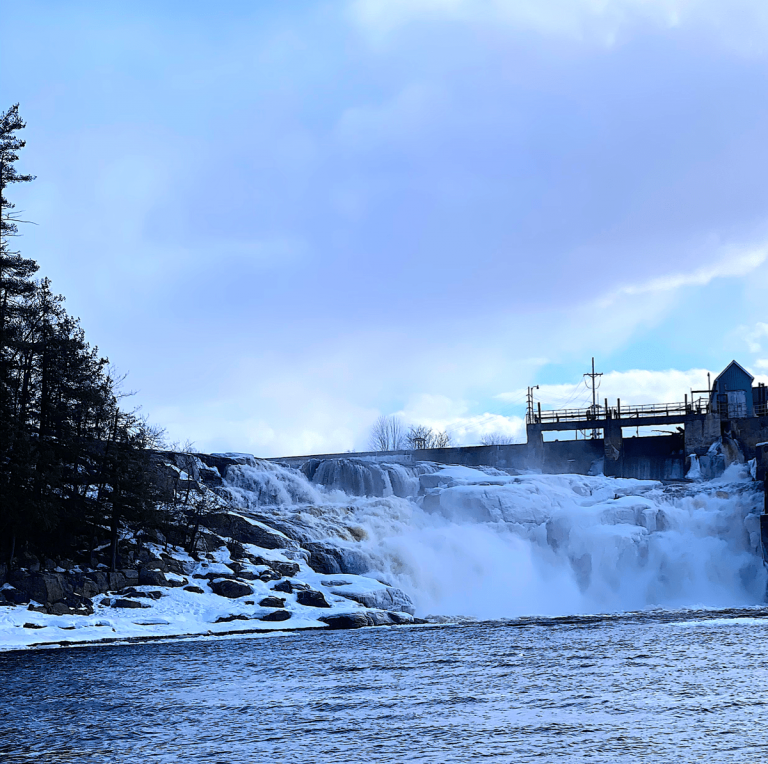 Lyons Falls Waterfall, NY: Directions, Pictures, Tips to Visit